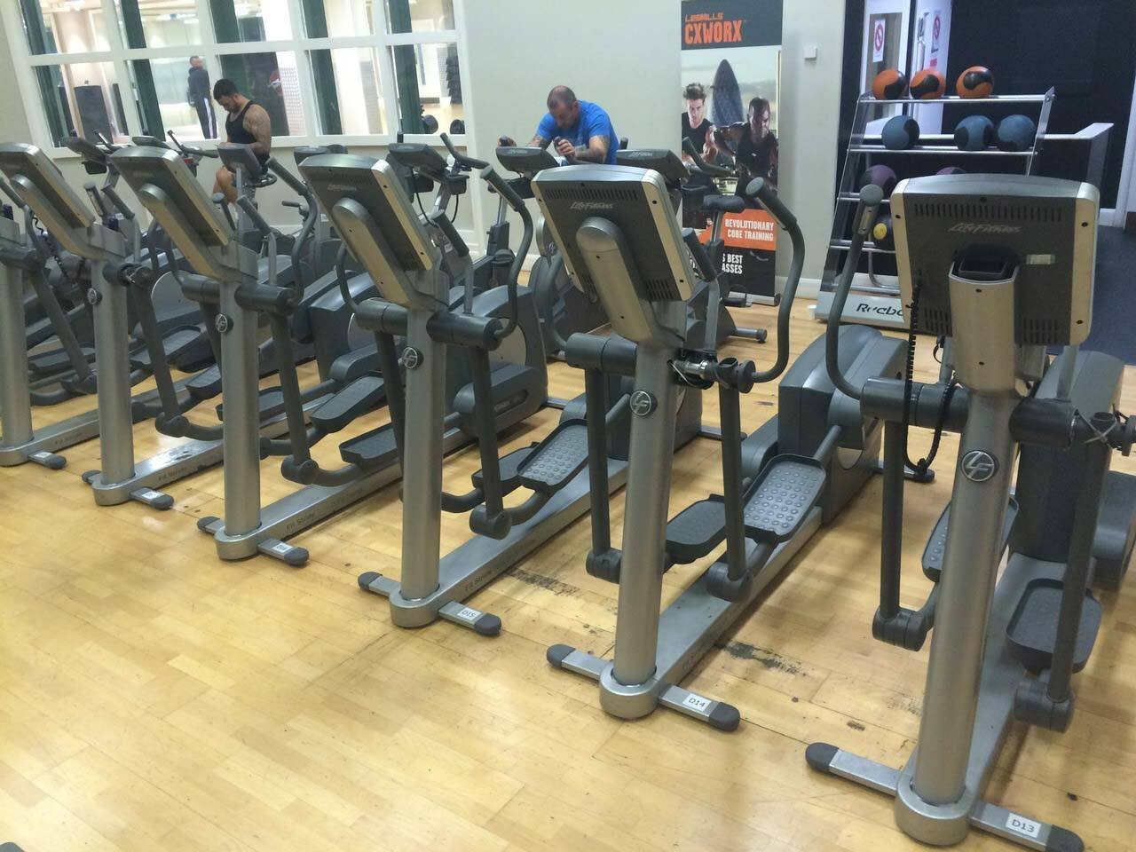 Life Fitness Equipment Full Strength And Cardio Set Up